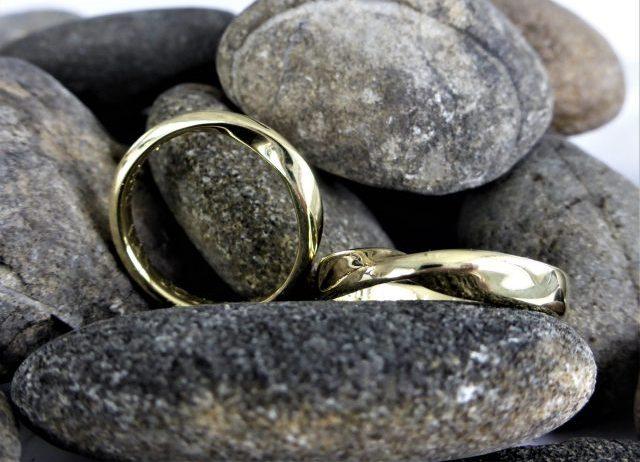 mobius ringen geelgoud